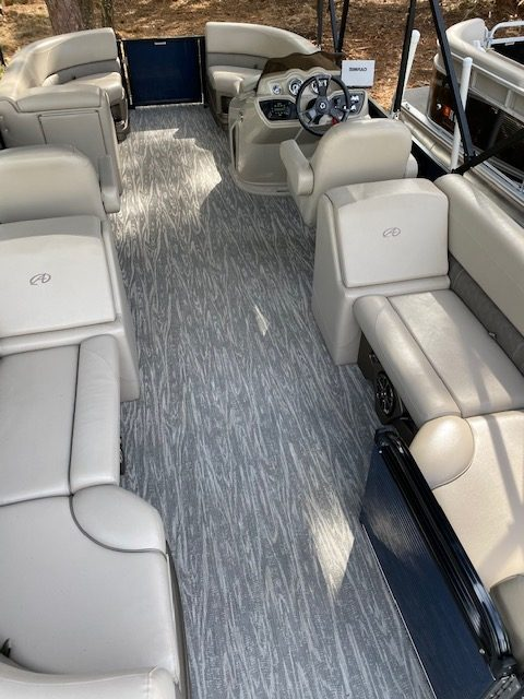 Avalon LSZ Quad Lounger Interior